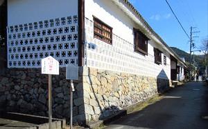 blog57植村家長屋門.jpg