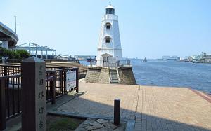 blog81旧堺港灯台.jpg